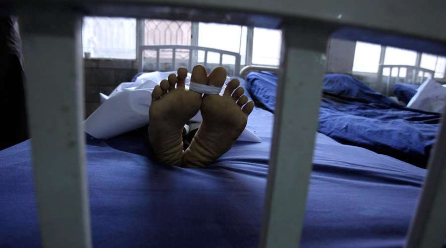 man wakes up in morgue