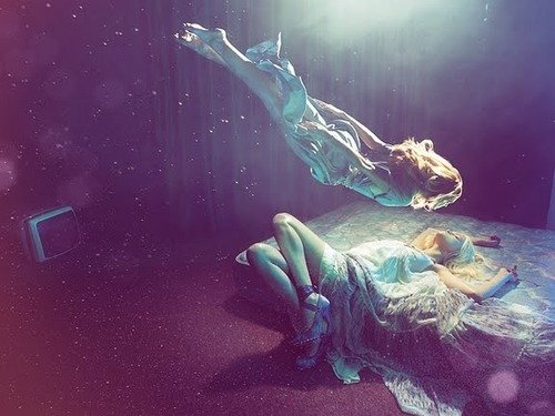 How to Experience Lucid Dreams