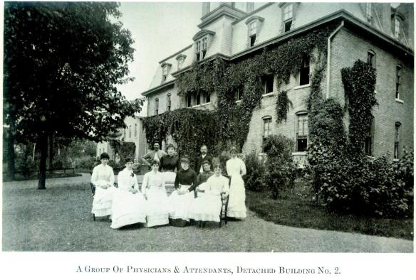 Group-of-Physicians-and-Attendants-at-Willard