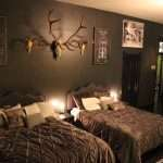 Stay in a serial killer-themed room at Colorado's 'horror hotel'